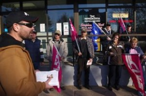 Nova Scotia Highway Workers' Union (CUPE Local 1867) president Steve Joy talks to his troops in fromt of Premier Stephen McNeil's office in Middleton. McNeil was out of the province.