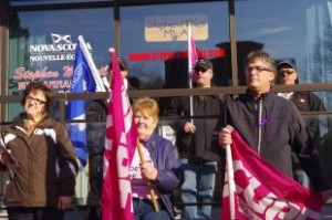 CUPE protest in front of Stephen McNeil's Middleton office today (November 15, 2013) Photo by Lawrence Powell
